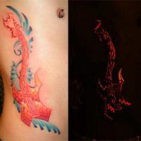 1fdebadcfb4eacd279c816743b3ff026a98bff4d_uv_tattoo.jpg